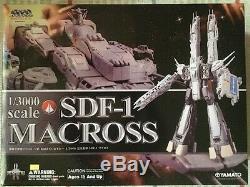 Yamato Japan 1/3000 Complete SDF-1 MACROSS Robot Figure Anime Manga japan Rare